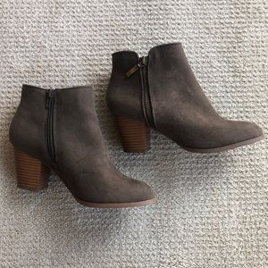Style & Co Dark Olive Booties Size 6
